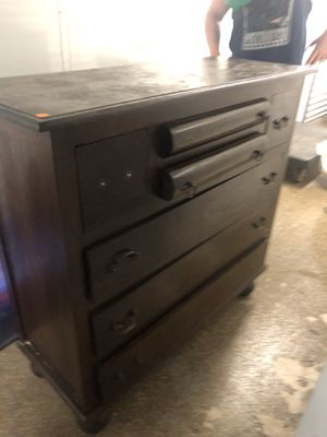 Antique dresser for Sale in DORCHESTR CTR, MA
