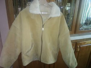 Men's leather faux fur coat for Sale in Marengo, OH