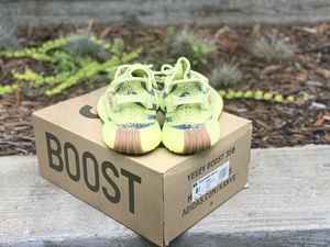 Frozen Yellow 350 Boost for Sale in Austell, GA