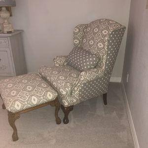 Very nice tan polka dot ikat print chair and ottoman for Sale in Peoria, AZ