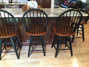 4 New solid wood 24 inch bar stools for Sale in Franklin, NJ