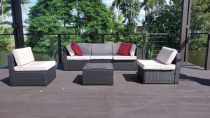 Outdoor Furniture Like new only 1 month old for Sale in Fort Lauderdale, FL