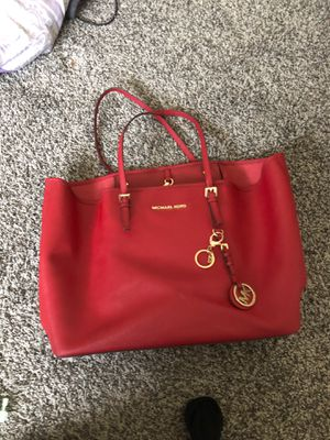 Red micheal kors purse bag for Sale in Colton, CA