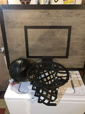 Pottery barn basketball hoop for Sale in Pleasant Hill, CA