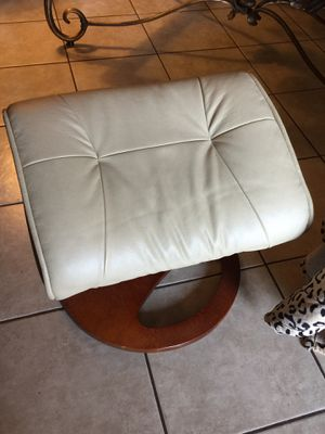 Stool. Furniture 15 firm for Sale in Las Vegas, NV