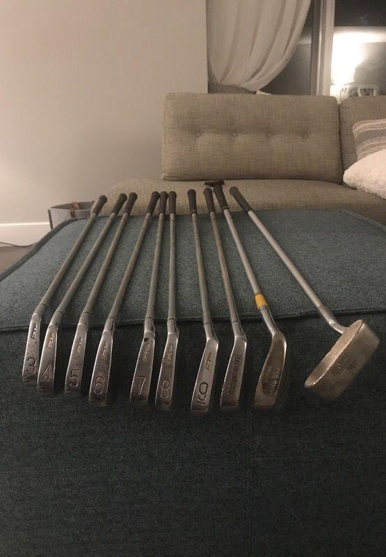 First flight golf club set