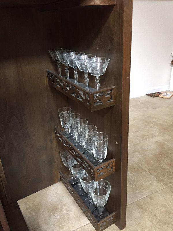 Folding decorative Bar
