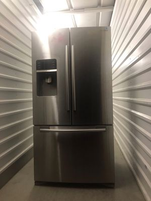 Samsung Refrigerator for Sale in Euless, TX