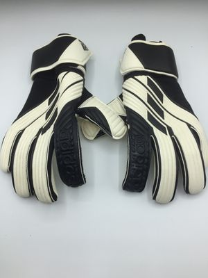 Adidas Goalie gloves Tiro GL League for Sale in Baldwin Park, CA
