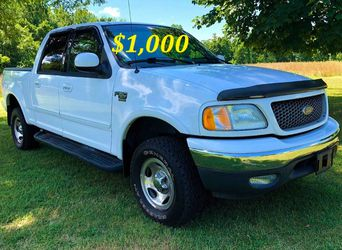 🟢💲1,OOO I'm selling URGENTLY this Beautiful💚2OO2 Ford F15O nice Family truck XLT Everything is working great! Runs great and fun to drive💪🟢 for Sale in Alameda,  CA