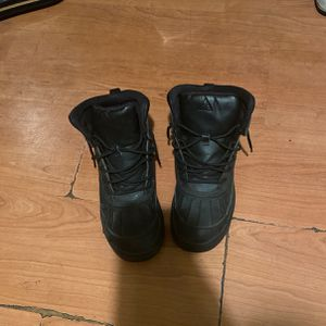 Nike boots for Sale in Detroit, MI