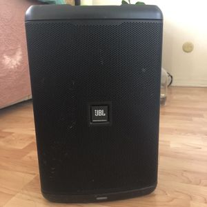 JBL Professional EON ONE compact All-in-one Battery Powered Personal PA with Bluetooth for Sale in Coronado, CA