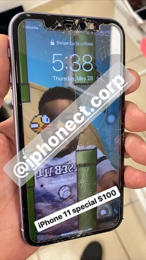 iPhone 11 screen and lcd replacement for Sale in Hallandale Beach, FL