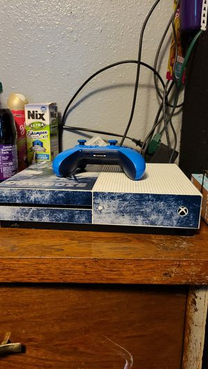 Xbox One S With controller and games and my online account for Sale in Dallas, TX