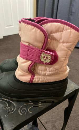 Kamik Size 10 Toddler Girl snow boots for Sale in West Carson, CA