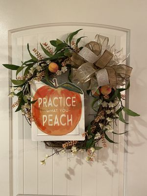 Peach Wreath for Sale in Fort Worth, TX