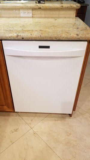 Kenmore Elite dishwaser for Sale in Fort Lauderdale, FL