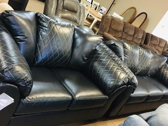 Betrillo Black Living Room Set (SOFA and LOVESEAT for Sale in Austin,  TX