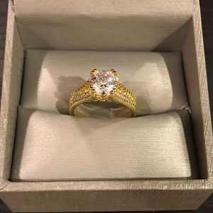 18K Gold plated Solitaire Ring- Code DB51 for Sale in Los Angeles, CA