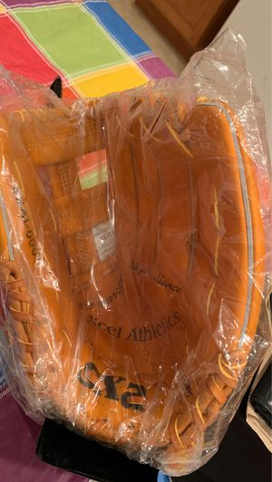 Brand New - 8 Available - Pro Glove. 11.75 SXA Xcel Athletes Baseball Glove w/ Leather Piping for Sale in Wilmington, DE