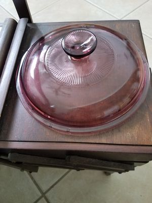 Pyrex vision cranberry lid 1.5 for Sale in Cape Coral, FL