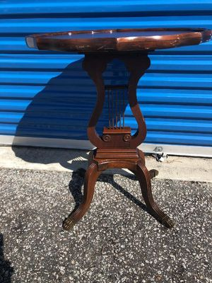 Pie crust violin table for Sale in Ladson, SC