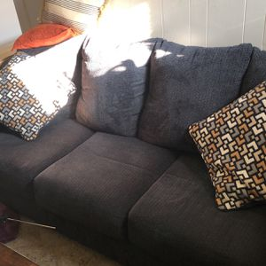 Couch for Sale in Milwaukie, OR