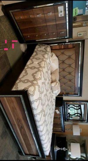 [SPECIAL] Kelda Walnut LED Queen Panel Bedroom Set | B7700 Queen bed frame Dresser Mirror Nightstand for Sale in Houston, TX
