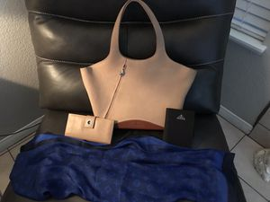 Ferragamo purse and wallet plus luxurious high end fashion for Sale in Las Vegas, NV