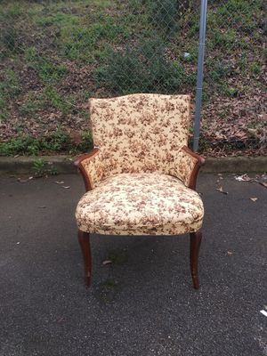 1940 Vintage Chair its Beautiful for Sale in Birmingham, AL
