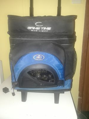 Bud light game cooler with radio built for Sale in DeFuniak Springs, FL