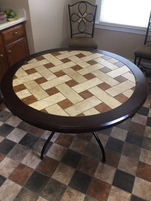 Kitchen table for Sale in New Chicago, IN