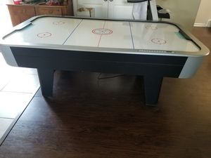 Full sized air hockey table for Sale in Levittown, PA