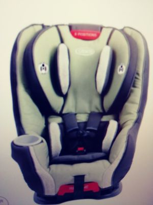 Toddler Conversion car seat. Graco brand. 8 positions for Sale in Fort Myers, FL