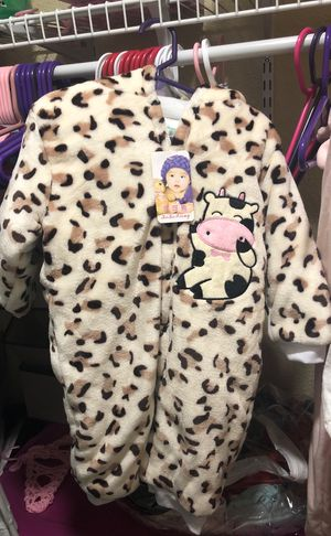 Baby winter snow suit for Sale in West Palm Beach, FL