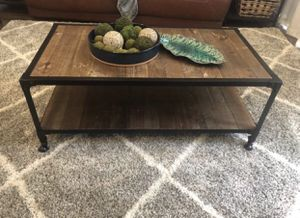 Coffee table with end tables for Sale in Castro Valley, CA
