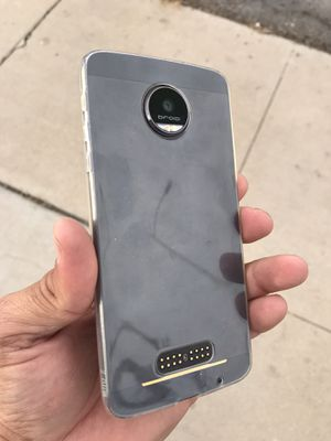 Free Moto Z & Free Service for Sale in Fresno, CA