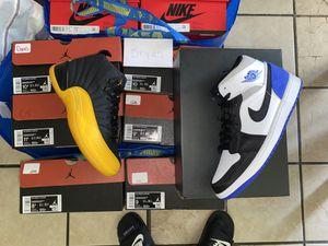 New 100% Authentic Jordan 12s Black/Yellow Sizes 8.5-11.5 for Sale in Mesquite, TX
