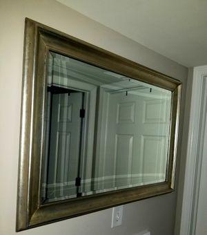 Beautiful Decorative Wall Mirror for Sale in Aurora, IL