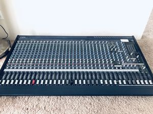 Yamaha MG32 Channel/14FX Mixer Console for Sale in Los Angeles, CA
