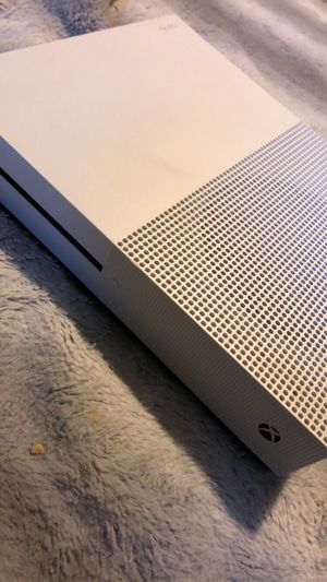 Xbox one s for Sale in Lakewood, WA