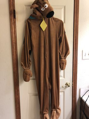 Large (shoulder to feet is 48 inches) SCOOBY DOO COSTUME. 14.00. 212 North Main Street Buda. 🍁🎃Johanna. Antique vintage furniture sterling silver j for Sale in Buda, TX