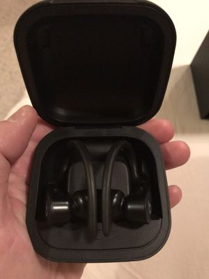 Wireless Bluetooth earphone-motivated sell for Sale in Eagle Mountain, UT