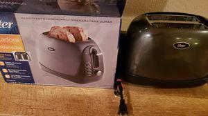 2- slice toaster, Metallic grey for Sale in North Las Vegas, NV