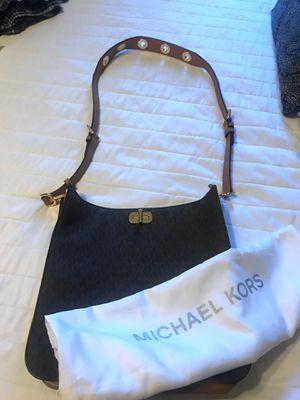 Messenger MK bag for Sale in Fairfield, CA