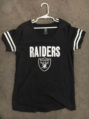 Girls youth raiders shirt size xl for Sale in Sacramento, CA