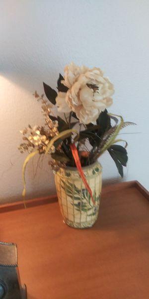 Artificial flower in vase for Sale in San Antonio, TX