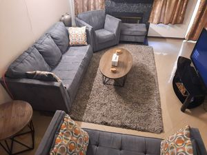 Living room set for Sale in Garden Grove, CA
