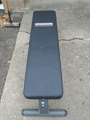 EXERTEC FITNESS WEIGHT BENCH for Sale in Columbus, OH