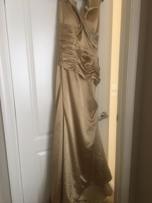 Stunning Gold Mermaid Dress for Sale in Fairfax, VA